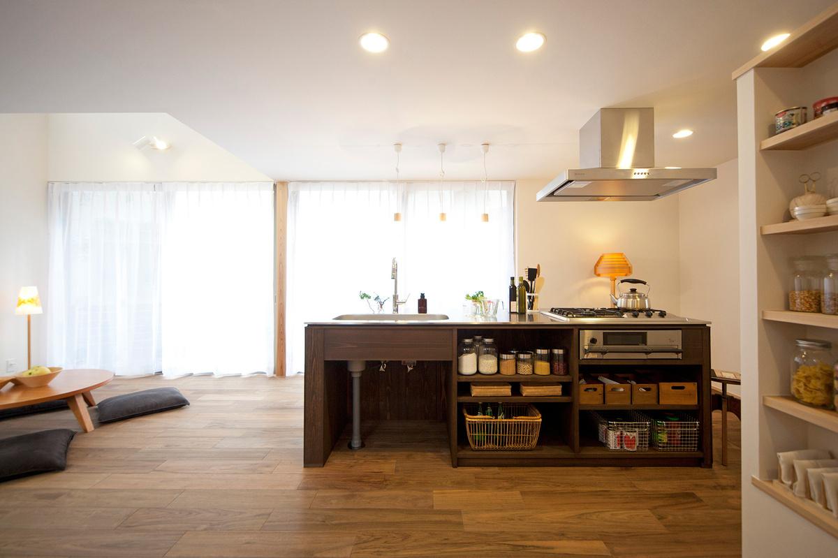 アイランドキッチンの家
